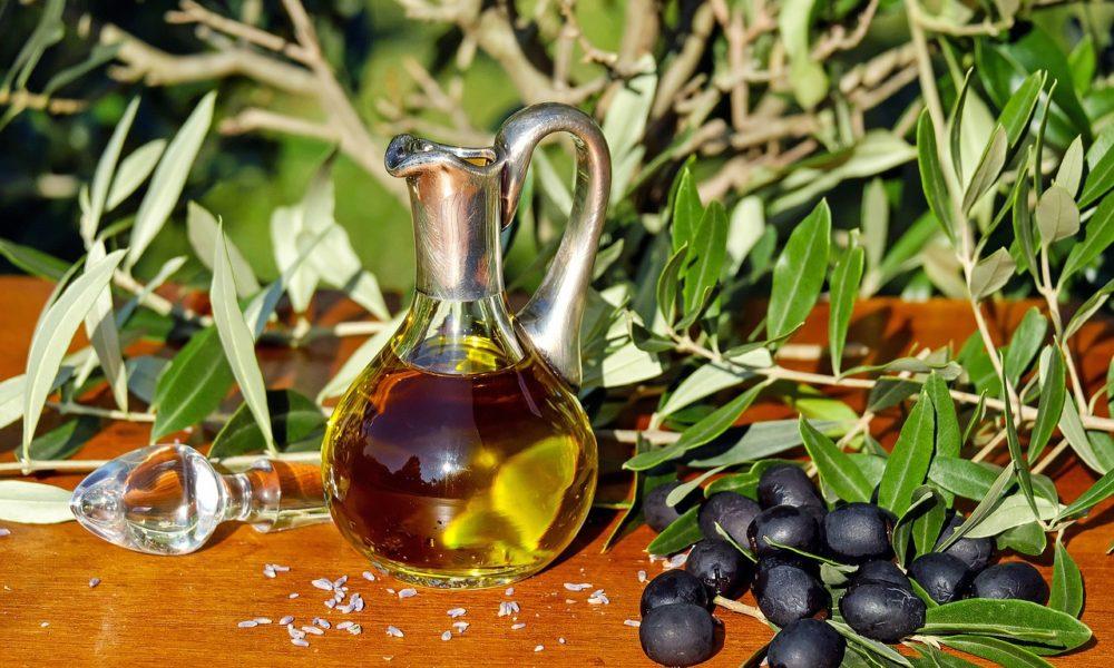L'huile d'olive Amour d'ail, un pur jus de fruit